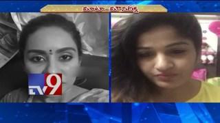Madhavi Latha Deeksha over Sri Reddy abusing Pawan Kalyan