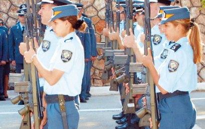 Ο αριθμός εισακτέων ανα κατηγορία στις Σχολές Αξιωματικών και Αστυφυλάκων