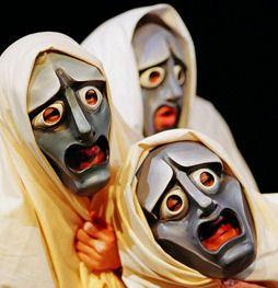 Ζητήματα αρχαίου θεάτρου σε μορφή ερωταποκρίσεων: (4) Όρχηση, μουσική, θεατρικά μηχανήματα, θεατρικός χώρος