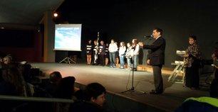 Ο ΥΦΥΠΑΙΘ Αλέξανδρος Δερμεντζόπουλος βράβευσε αριστούχους μαθητές