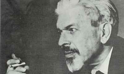 Το ζήτημα της ελληνικότητας με άξονα τα ποιήματά του Ανδρέα Εμπειρίκου «Στροφές στροφάλων» (Ενδοχώρα, 1945, α΄ γραφή 1935-1936) και «Εις την οδόν των Φιλελλήνων» (Οκτάνα, 1980, α΄ δημ. 1963).