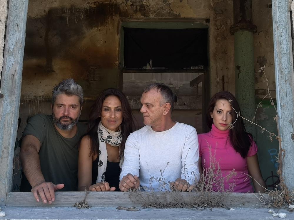 """Παράταση της επιτυχημένης παράστασης """"Ο ΧΡΟΝΟΣ ΣΤΑΜΑΤΑ"""" στο Θέατρο Κάτω απ' τη Γέφυρα, που παίζεται για 2η σεζόν"""
