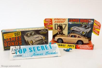 """Aston Martin DB5 """"007"""" de Goldfinger - Corgi Toys réf.261 de 1965"""