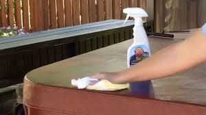 Nettoyage rapide de votre couverture de spa
