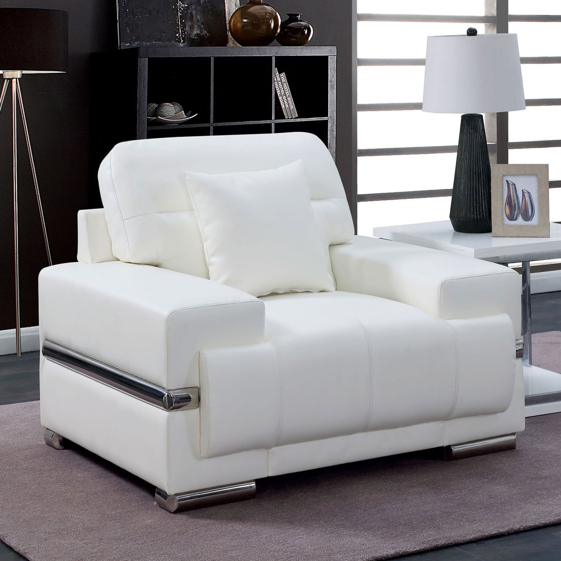 Zibak Ultra Modern Bright White Leather Chair With Chrome Accents Feet
