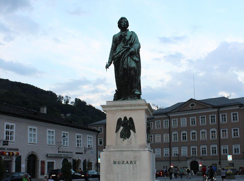 Statua di Mozart a Salisburgo