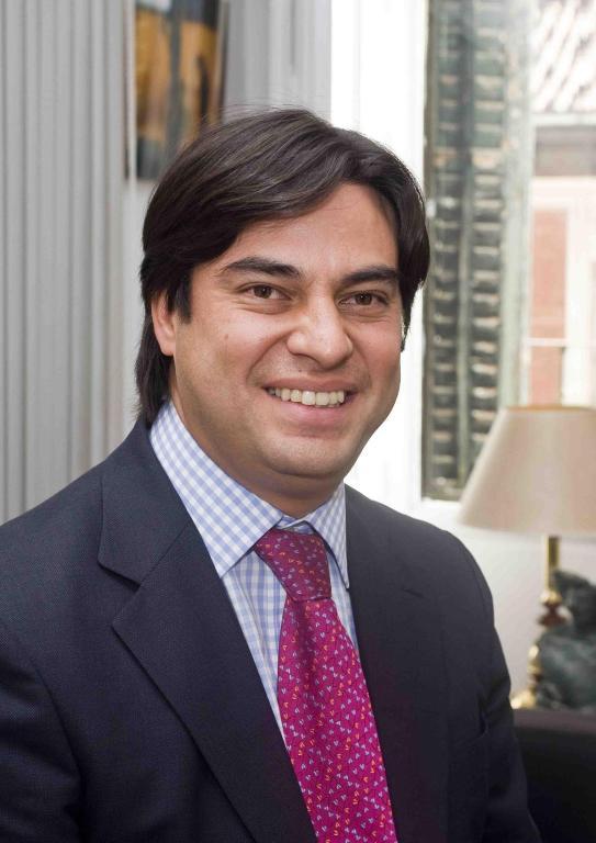 Juan Gabriel Perez Head Shot