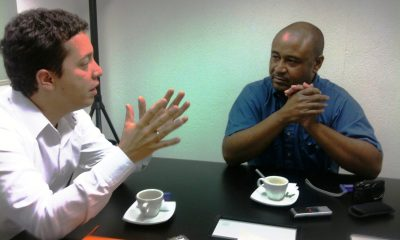 Ruta N's Alejandro Franco discusses plans with Finance Colombia's Loren Moss