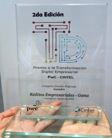 Réditos Empresariales took home the Digital Transformation Award at Andicom 2018 in the large company category. (Photo credit: Grupo Réditos)