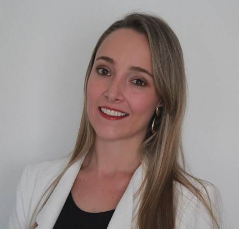 Royal Road Minerals' new Investor Relations Manager Maria Camila Gutierrez