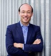 Avianca CEO Anko Van Der Werff received almost half of the $10 million USD in insider bonuses.