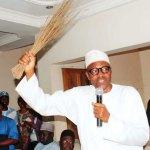 Nigeria: Buhari fait rapatrier 200 milliards de dollars cachés à Dubai