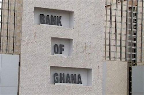 1107-39488-la-banque-centrale-du-ghana-met-fin-aux-activites-de-70-institutions-de-microfinance_l