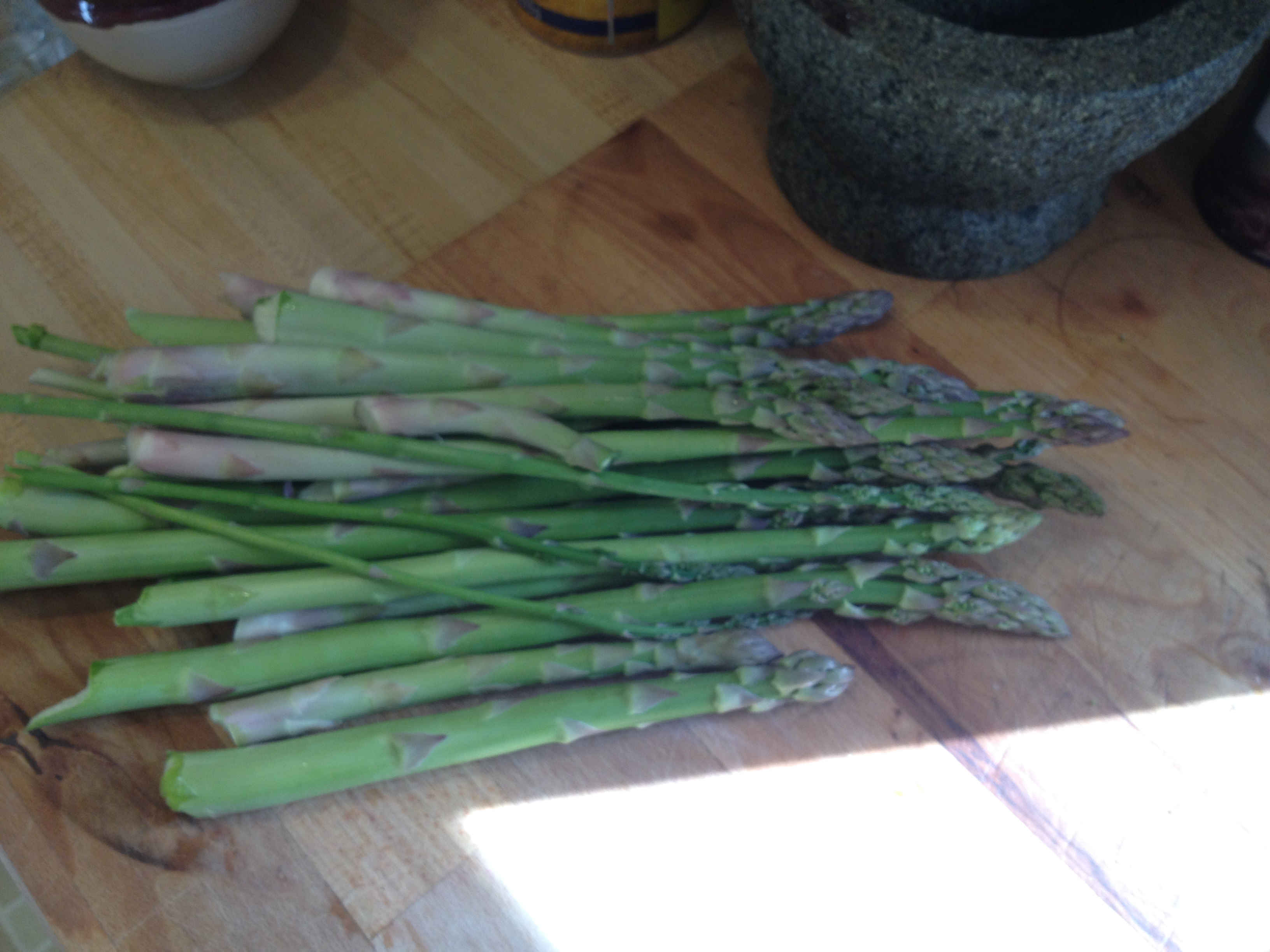 Wild Asparagus Lot-c