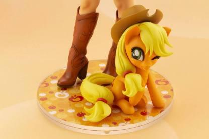 My Little Pony - Applejack Figuuri
