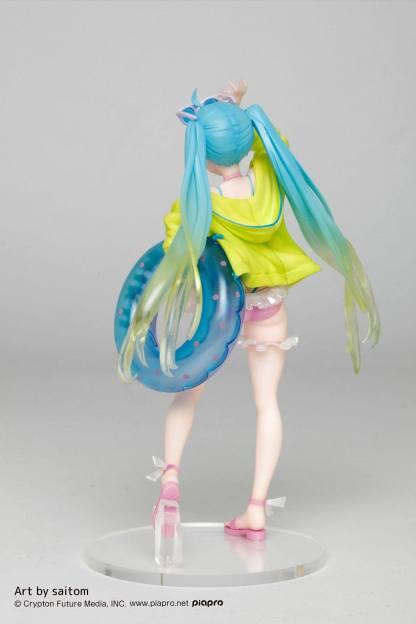 Hatsune Miku 3rd Season Summer ver figuuri