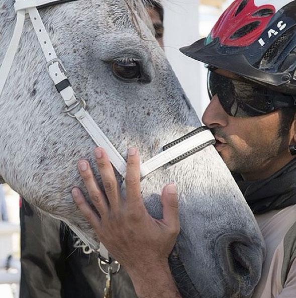 Dubai Prensi`nin çılgın fotoğrafları