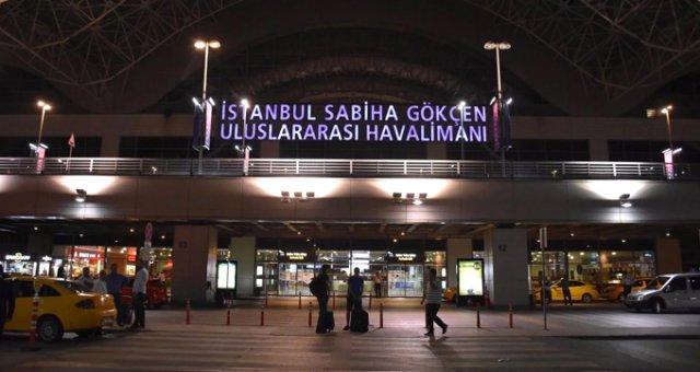 Sabiha Gökçen Havalimanı'nda Taksicilere Kravat ve Gömlek Zorunlu Hale Getirildi