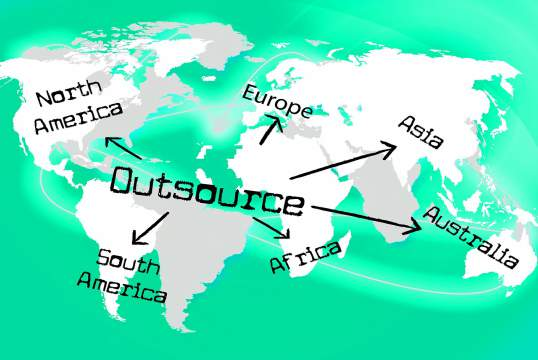 6 Reasons Small Businesses Should Outsource to India