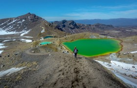 POW: The Colourful Lakes of the Tongariro Crossing