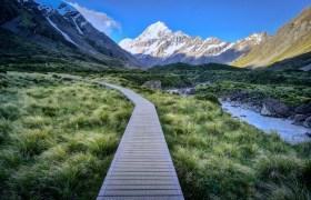 POW: Walking to Mount Cook
