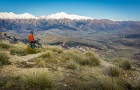 New Zealand: Mountain Biking in Cragieburn