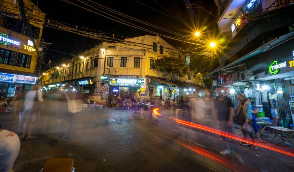 Bia Hoi Corner after dark