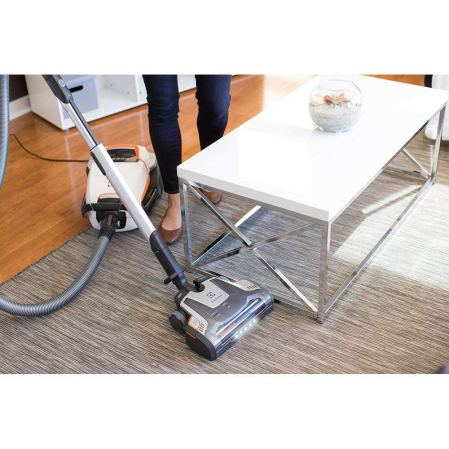 best canister vacuum 2018 electrolux el7085b ultraone deluxe review