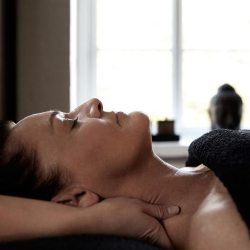 Ansigtsmassage hos Pure Nature Spa