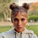 Get the look: Jennifer Lopez's 90s-inspired space buns