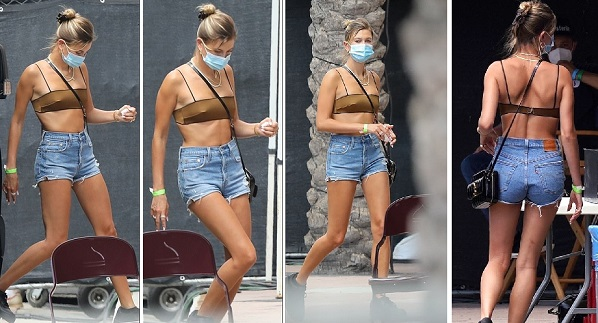 Even-Hailey_showed_off_her_flat_abs_while_getting-security-check
