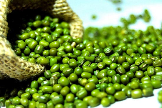 Green Moong Dal For Excessive Facial Sweating