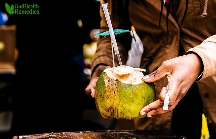 coconut-water-to-treat-dehydration