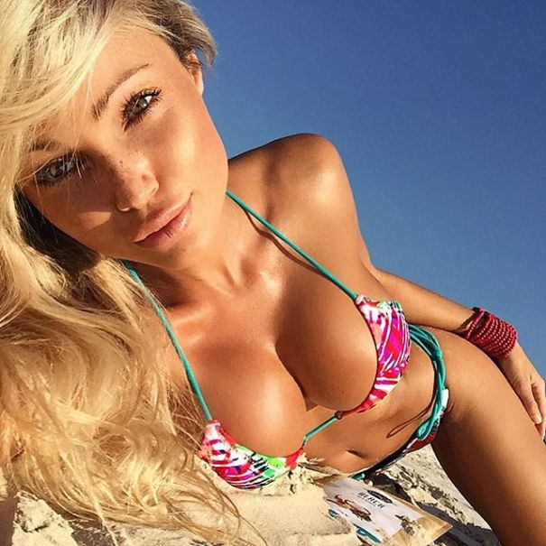 Abby Dowse busty blonde