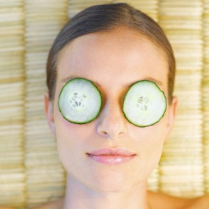Cucumber on eyes