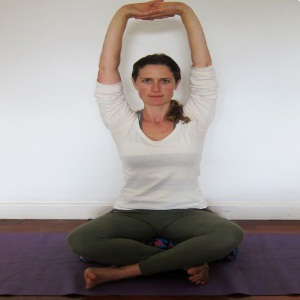 effective yoga poses for shoulder releasing  different