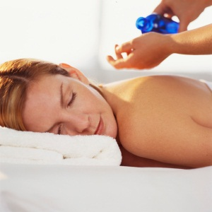 Massage with Lavender oil