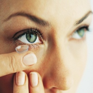 Use Contact Lenses
