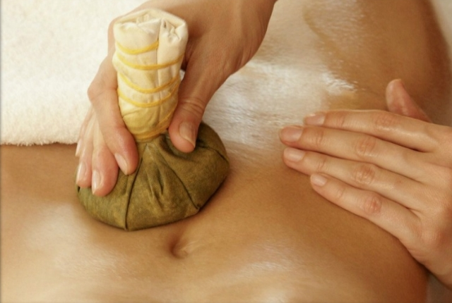 Massaging With Herbal Extract And Seaweed Product