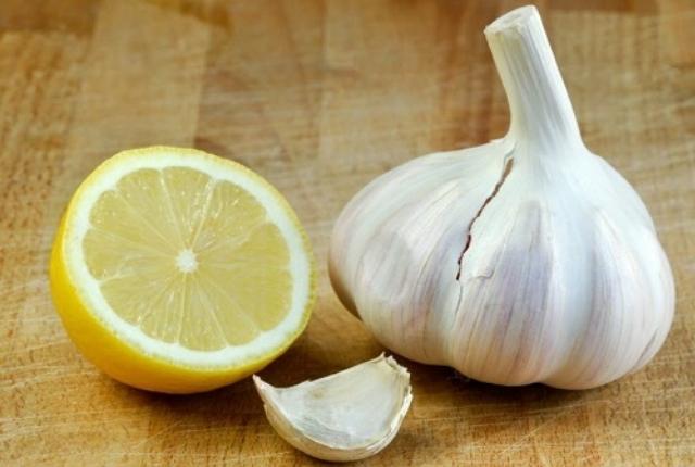 Lemon Garlic Detoxifier