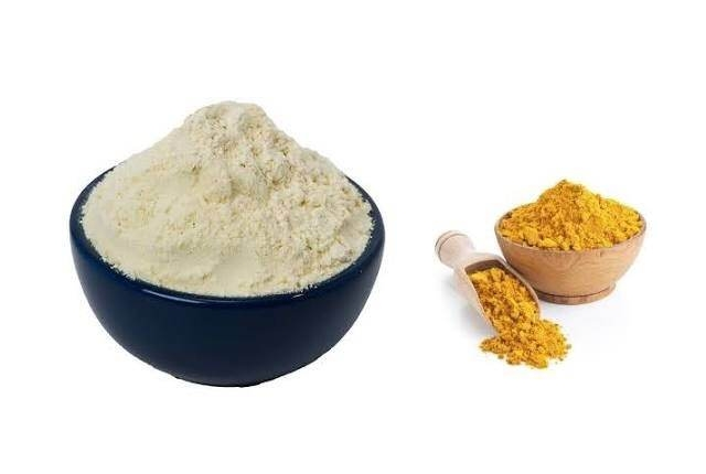 Gram Flour And Turmeric Mixture