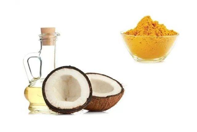 Coconut Oil And Turmeric