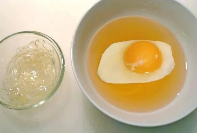 Egg Yolk And Gelatin Peel Off Mask