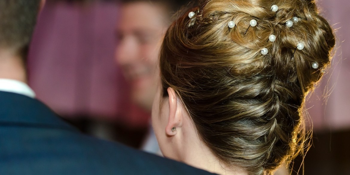 How to Put a Modern Spin on Traditional Wedding Hairstyles