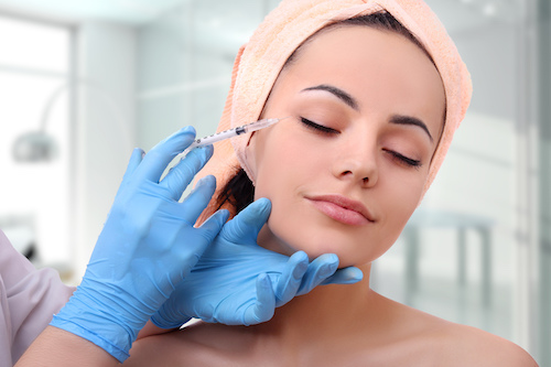 Non-surgical Cosmetic Treatments That are Trending at the Moment