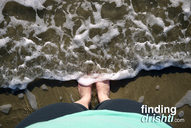 findingdrishti-waves-feet