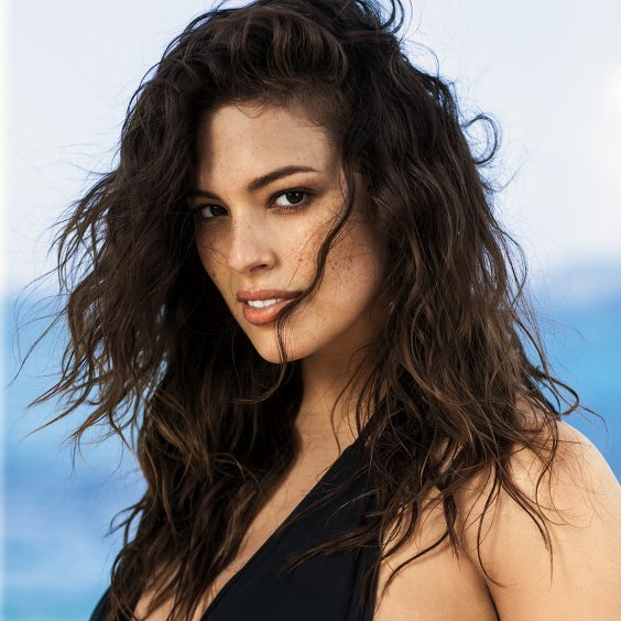 Plus-Size-Model-Ashley-Graham-Sports-Illustrated-Ad