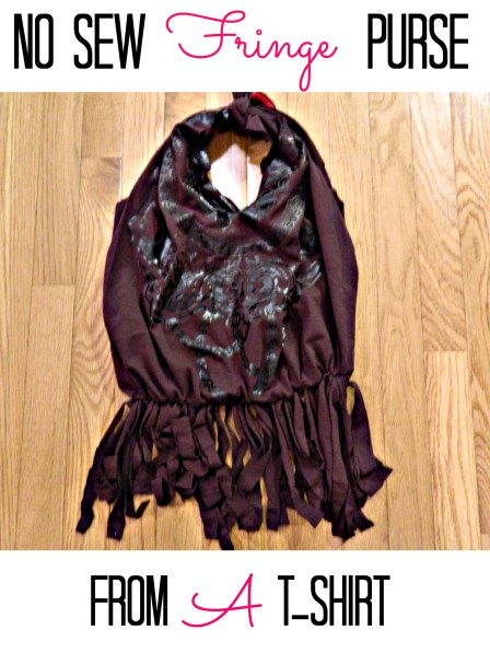 Adorable No-Sew Fringe Purse From An Old T-Shirt