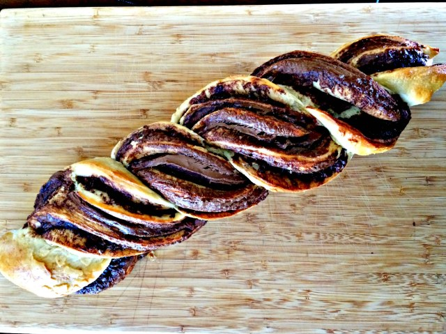 The most delicious braided Nutella swirled bread. OMG!