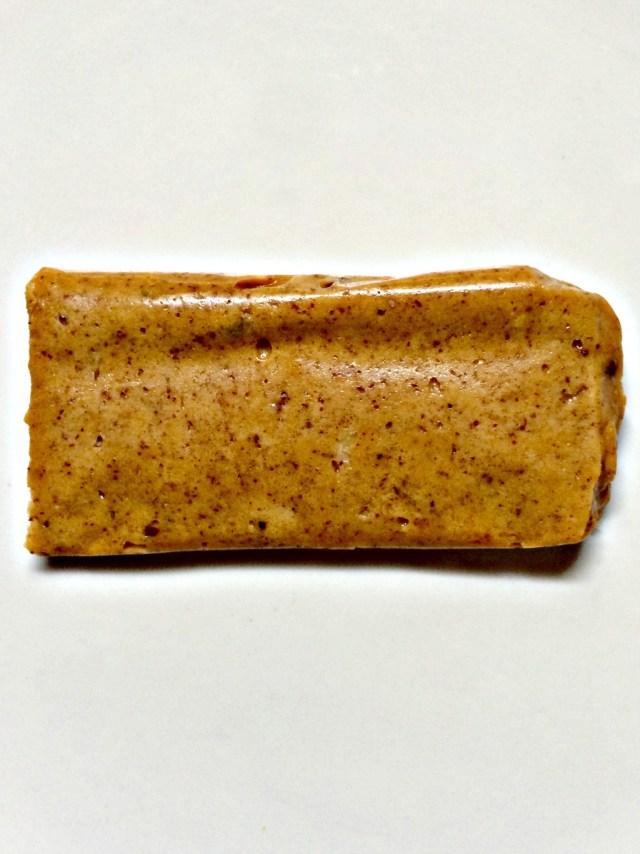 cinnamon roll questbar